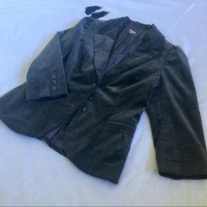 Halogen size Large Charcoal color velvet blazer